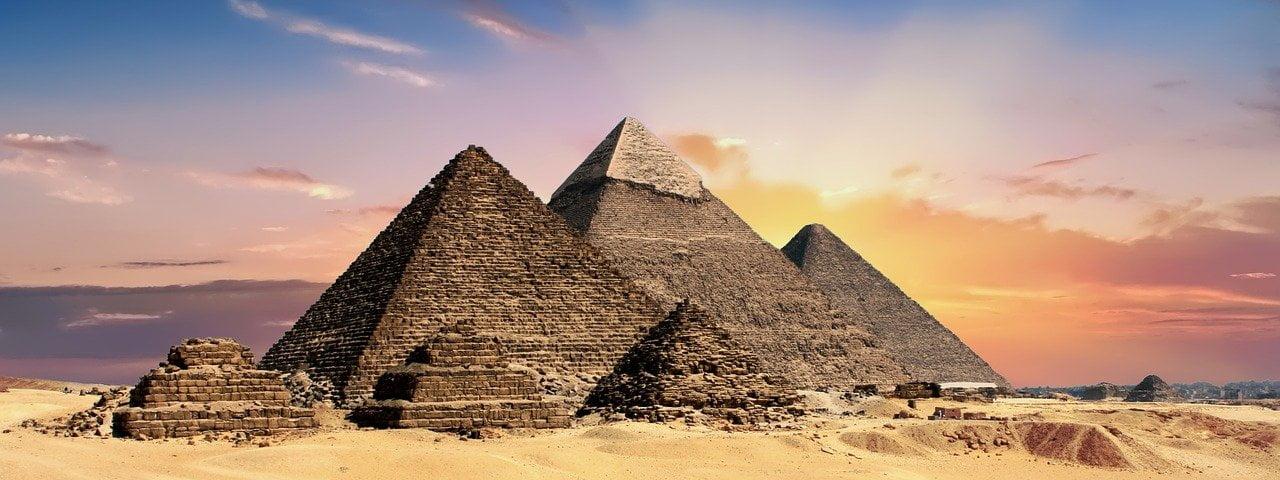 wealth building pyramid