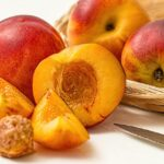 peach 1074997 640